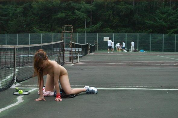 男複数の前で女を裸にした鬼畜集合!->画像>137枚