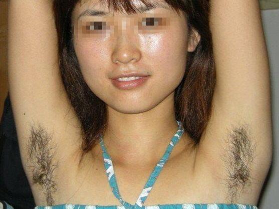 【全力脇毛】女がワキ毛を伸ばすと男より濃いことが判明!!!