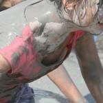 ポロリあり!韓国や中国の泥祭りの画像がドエロい