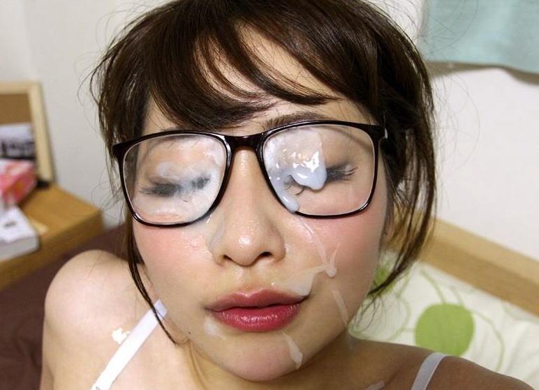 ザーメン 眼鏡 メガネ 精液 ぶっかけ エロ画像