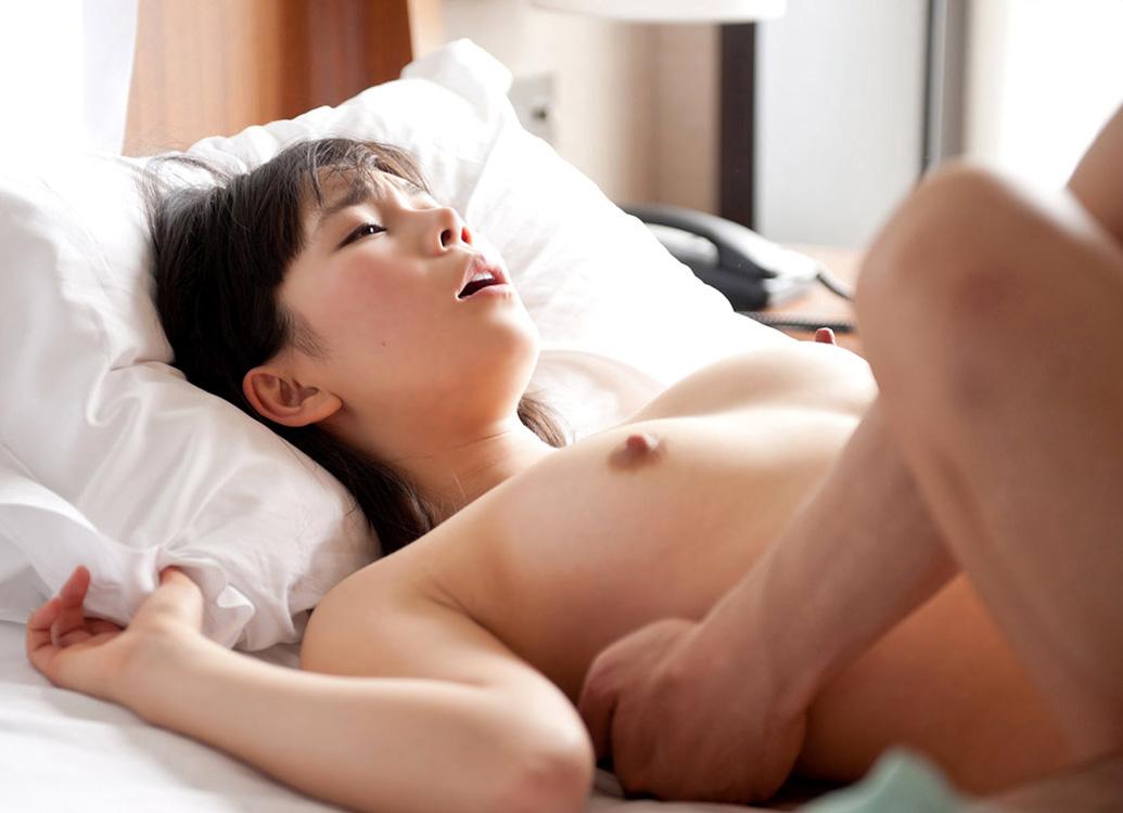 美女 セックス 正常位 エロ画像【28】