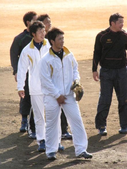 野球選手 サッカー選手 チンポジ直し エロ画像【20】