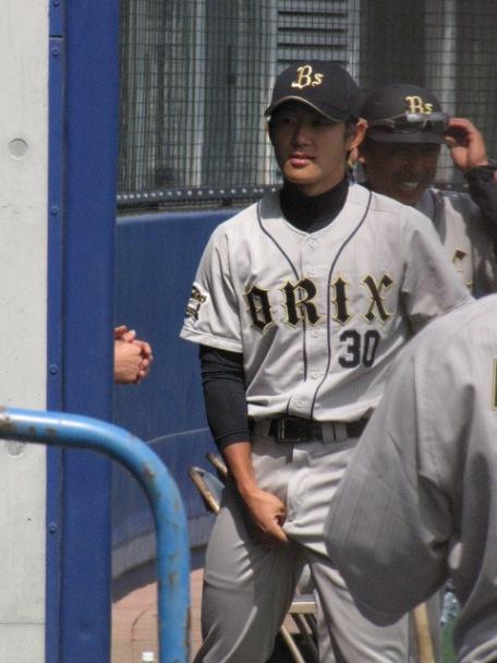 野球選手 サッカー選手 チンポジ直し エロ画像【22】