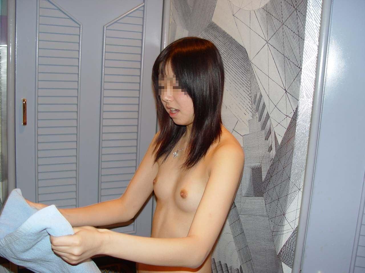 貧乳 微乳 ちっぱい 素人 エロ画像【26】