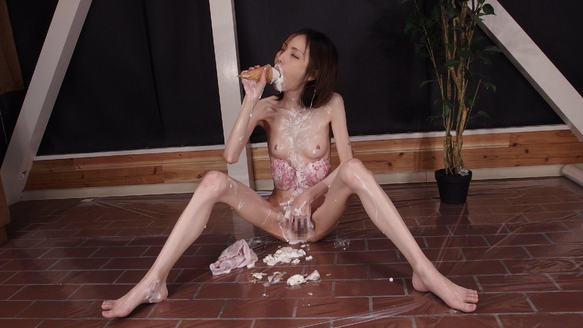 華奢 細い 裸 ガリガリ ヌード エロ画像【31】