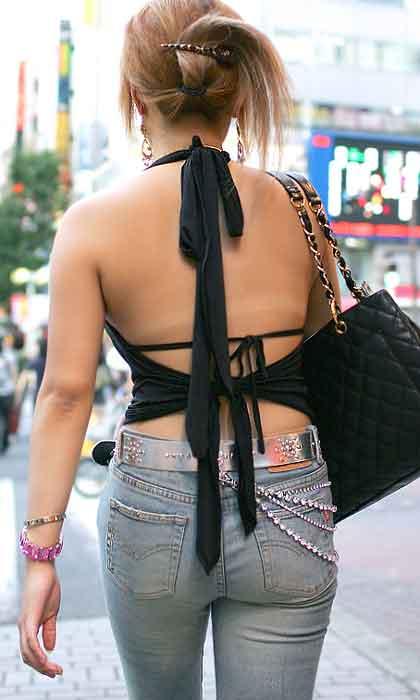 ギャル 背中 丸見え 後ろ姿 セクシー 街撮り エロ画像【25】