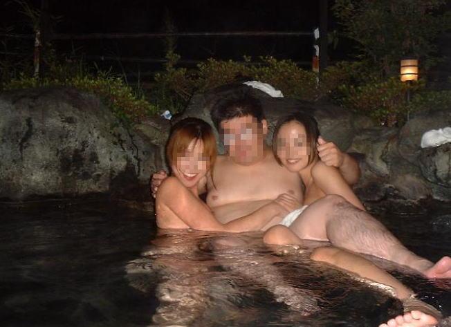 全裸 男女 混浴 露天風呂 エロ画像【30】