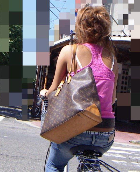 ギャル ファッション 街撮り 盗撮 過激 露出 勃起 エロ画像【10】
