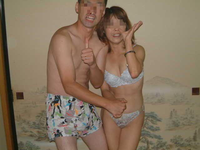 おばちゃん 温泉コンパニオン 人妻 熟女 エロ画像【19】