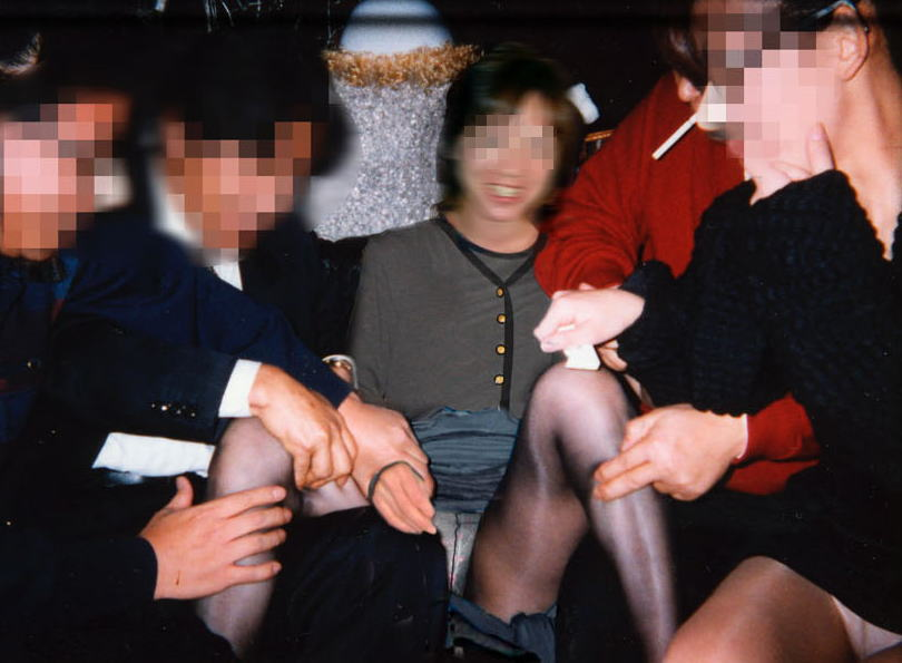 おばちゃん 温泉コンパニオン 人妻 熟女 エロ画像【28】