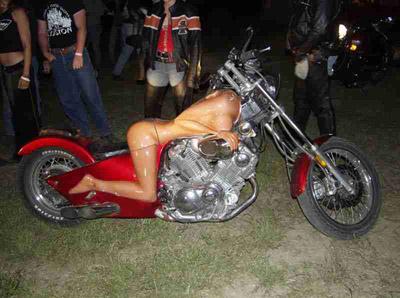 全裸 半裸 下着 バイク モーターサイクル エロ画像【15】