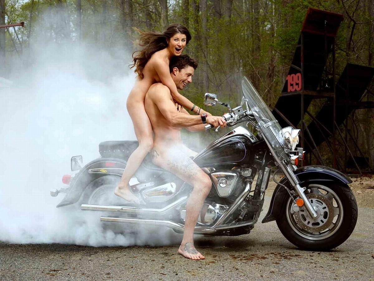 全裸 半裸 下着 バイク モーターサイクル エロ画像【22】