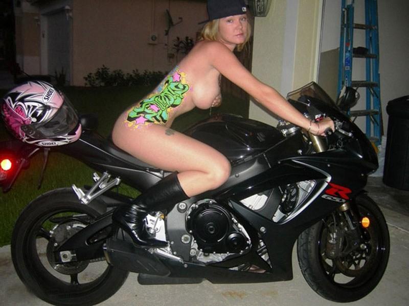 全裸 半裸 下着 バイク モーターサイクル エロ画像【23】