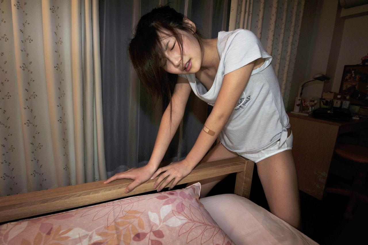 7人目 女子校生りさちゃんの場合 素人女子校生の自画撮りオナニー
