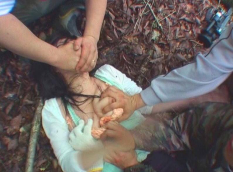 レイプ お仕置き 泣き叫ぶ 口塞ぐ エロ画像【31】