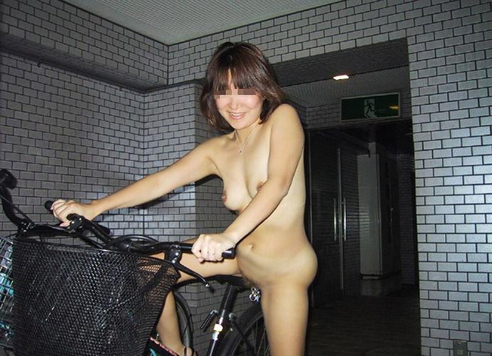 サイクリング 日本 海外 裸 自転車 エロ画像【24】