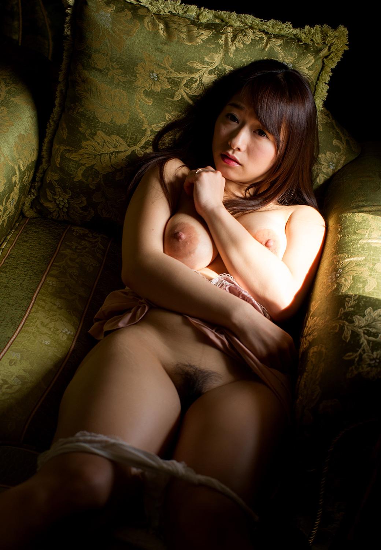 ママドル AV女優 白石茉莉奈 デカ乳輪 エロ画像【5】