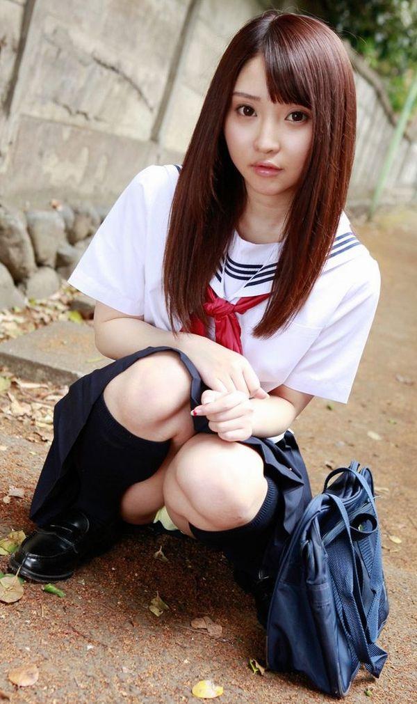 パンチラ JK 美人 女子校生 パンツ エロ画像【32】
