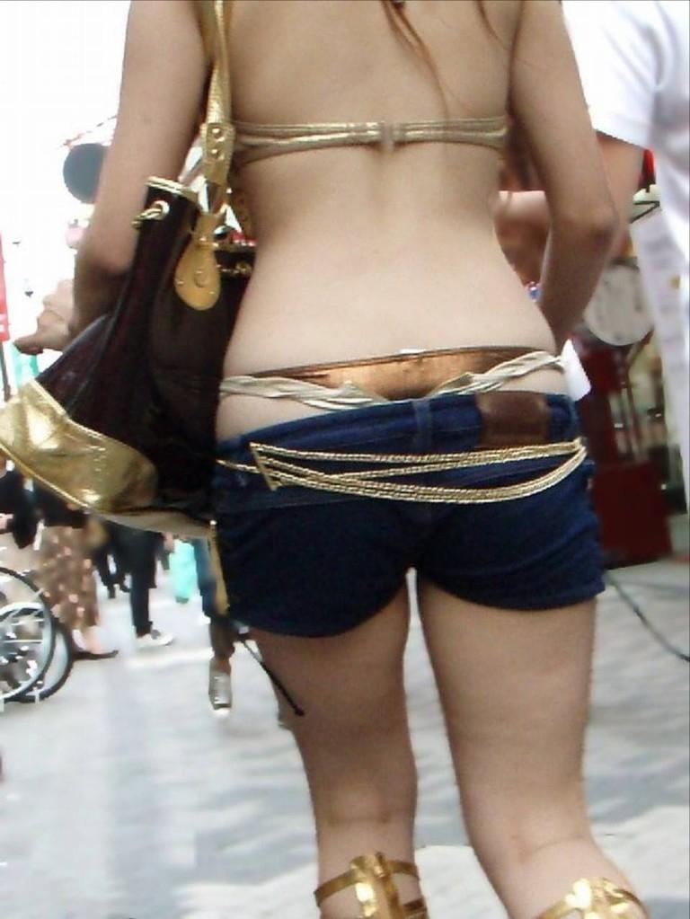 街撮り ギャル パンツ 派手 腰パン ハミパン エロ画像【10】