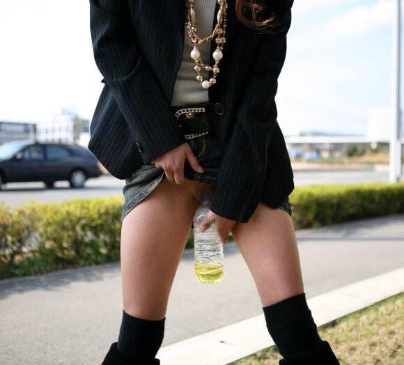 立ち小便 チャレンジ 立ちション女子 エロ画像【29】