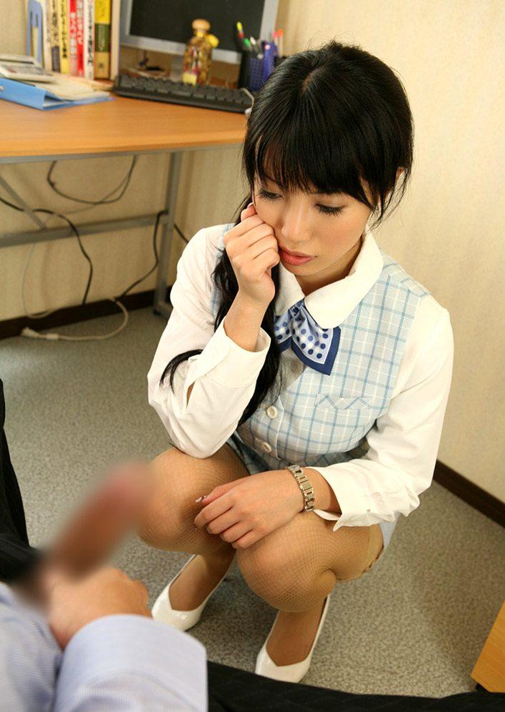 OL 社内 リーマン セックス セクハラ エロ画像【22】
