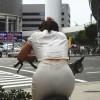 普通にパンツが透けてるスケパン街撮りエロ画像