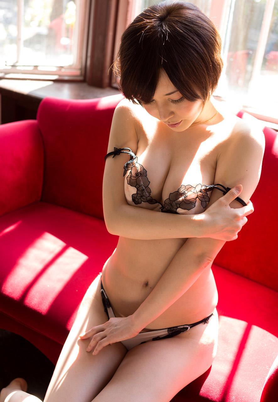 ショートヘア ショートボブ エロ画像【21】