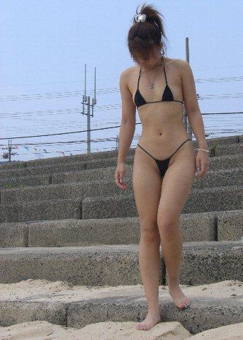 マイクロビキニ ほぼ裸 露出 極小水着 エロ画像【8】