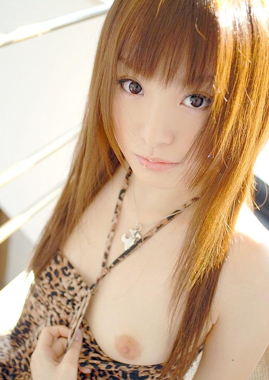 おっぱい ポロリ 片乳 美人 エロ画像【35】
