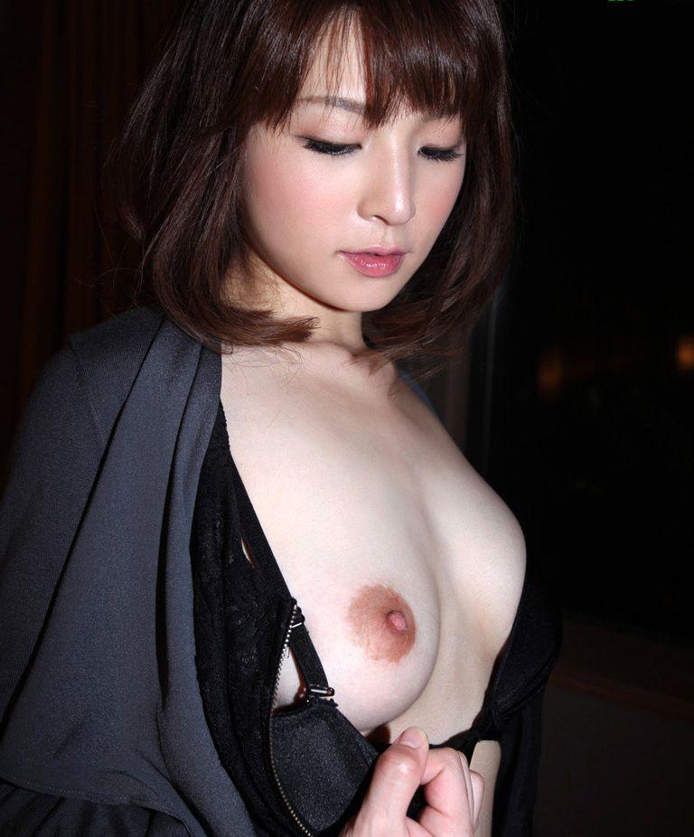 美乳 美人 可愛い おっぱい エロ画像【9】