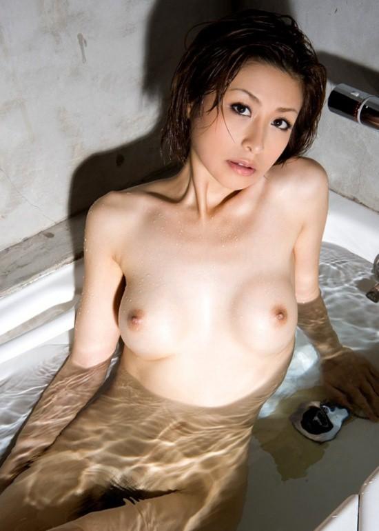 風呂 バスタブ マン毛 浴槽 陰毛 エロ画像【4】