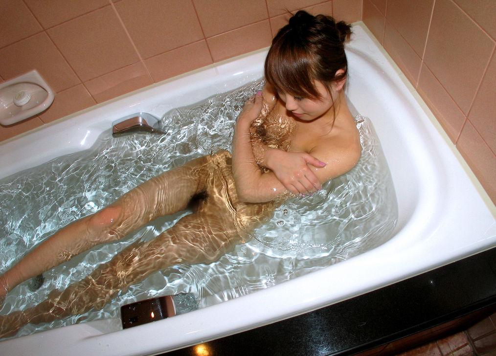 風呂 バスタブ マン毛 浴槽 陰毛 エロ画像【10】