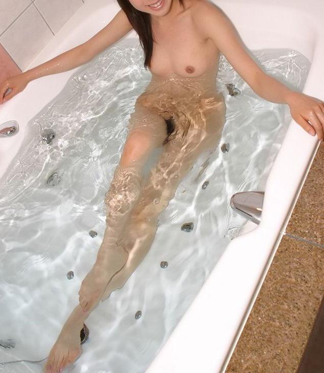 風呂 バスタブ マン毛 浴槽 陰毛 エロ画像【38】