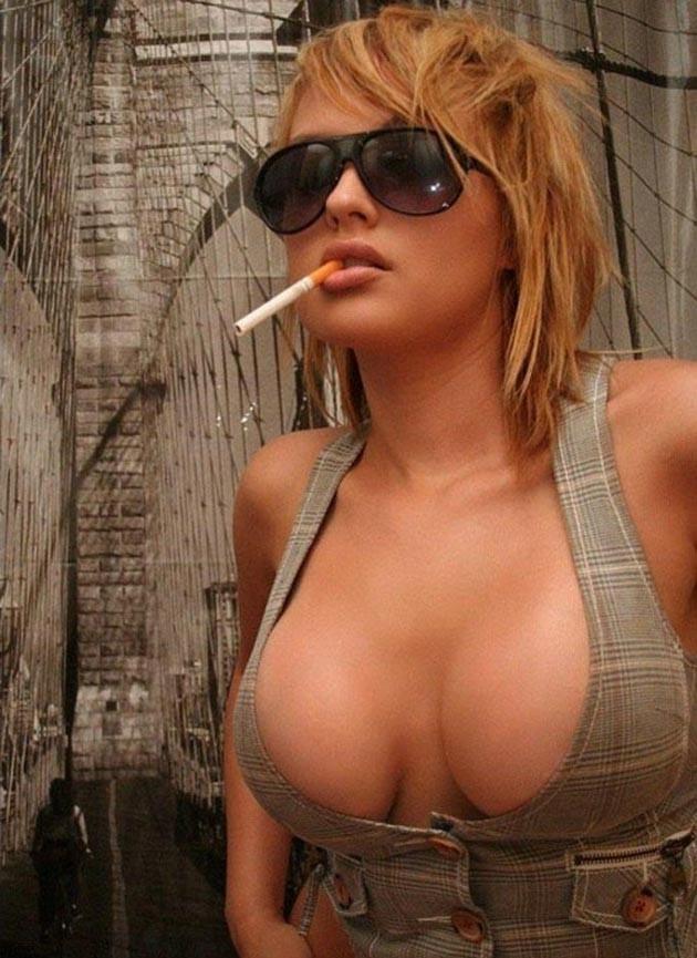 美女 セクシー タバコ 喫煙 美人 エロ画像【30】