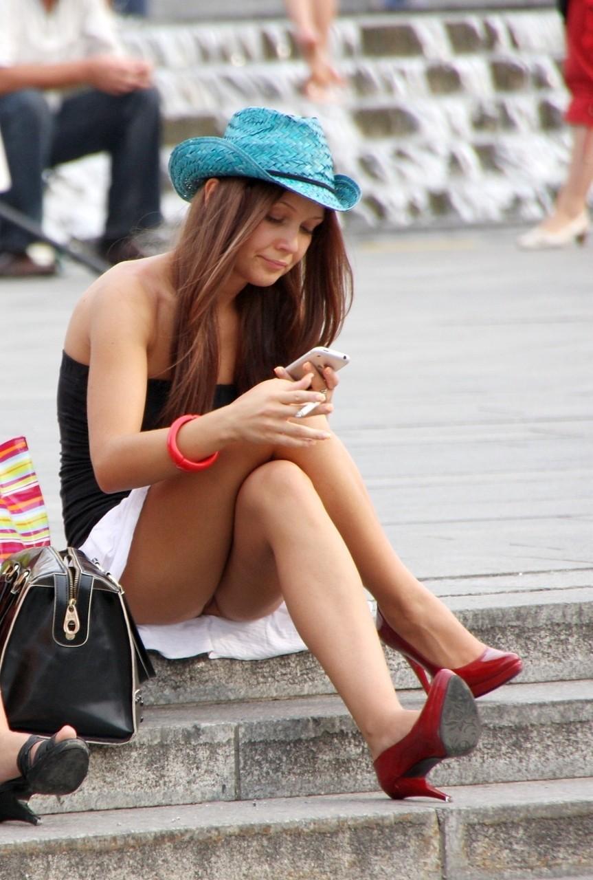 美女 セクシー タバコ 喫煙 美人 エロ画像【36】