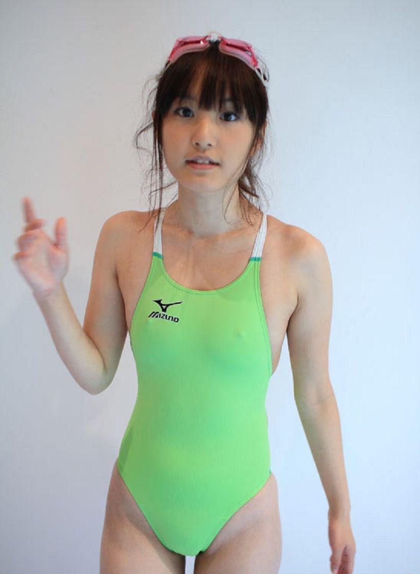 水着 美女 透ける 乳首 胸ポチ ビンビン 美人 エロ画像【24】