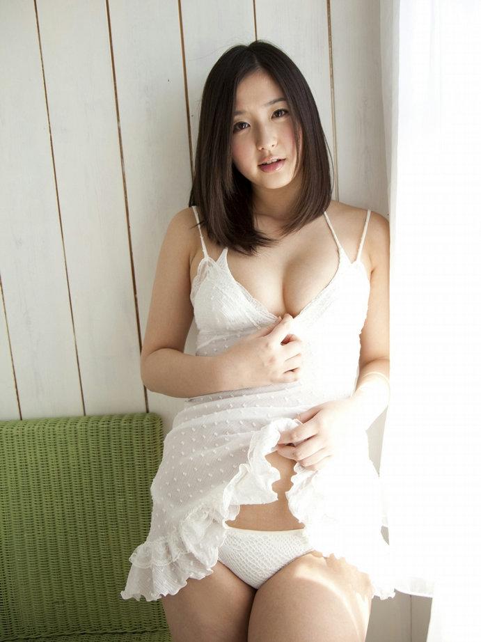 ロリ 巨乳 童顔 おっぱい エロ画像【11】
