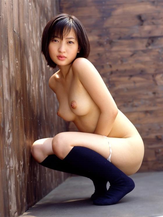 ロリ 巨乳 童顔 おっぱい エロ画像【16】