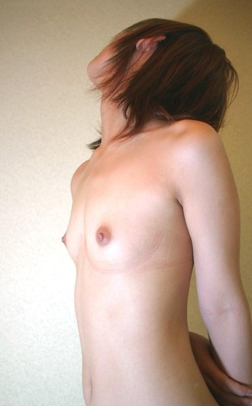 小さい おっぱい 貧乳 横乳 エロ画像【17】