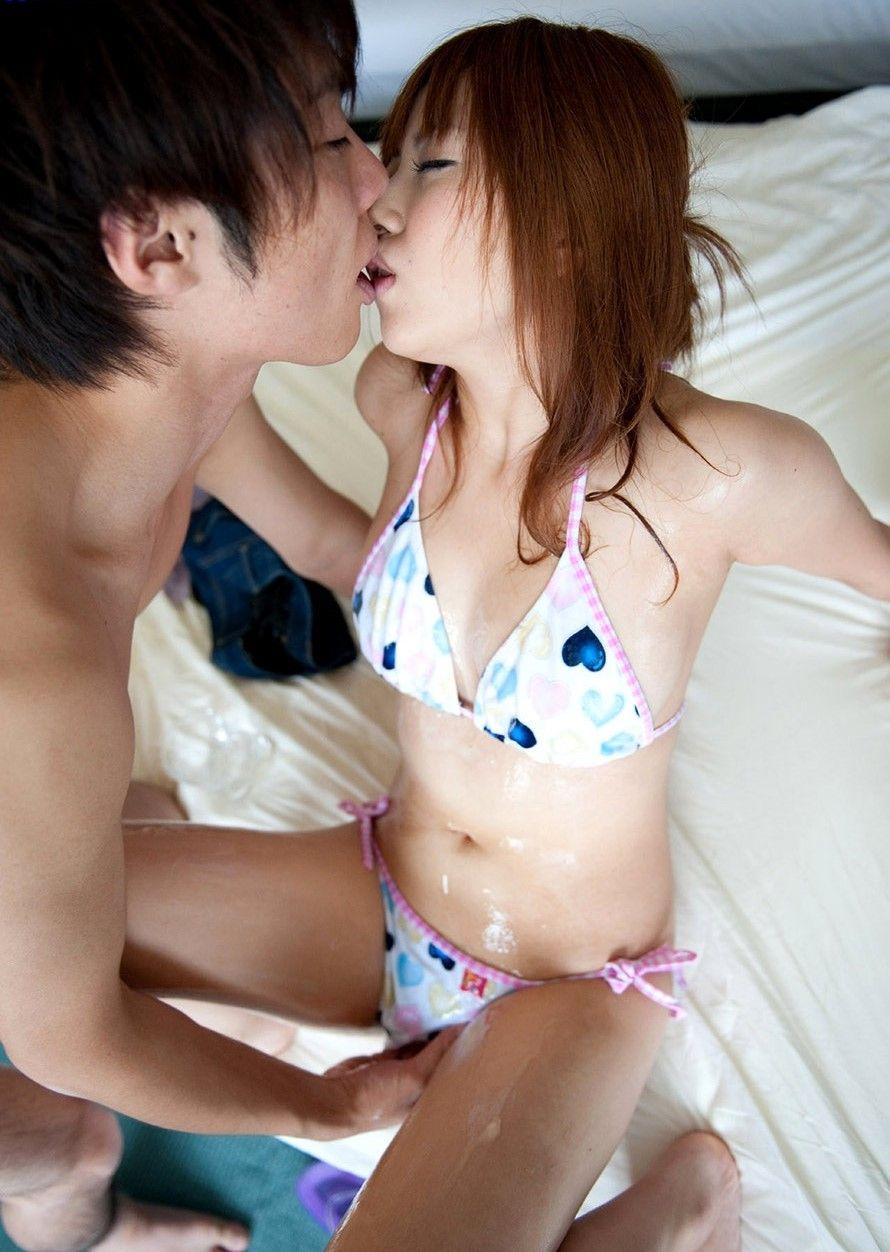 前戯 マンコ 触る キス 接吻 手マン エロ画像【10】