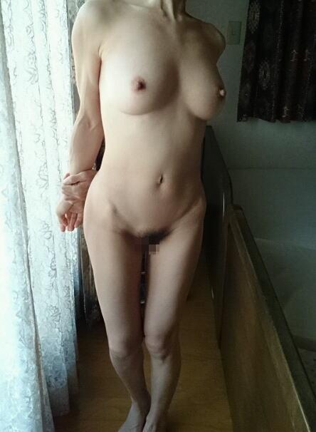 ババア 美乳 熟女 おっぱい 綺麗 エロ画像【18】