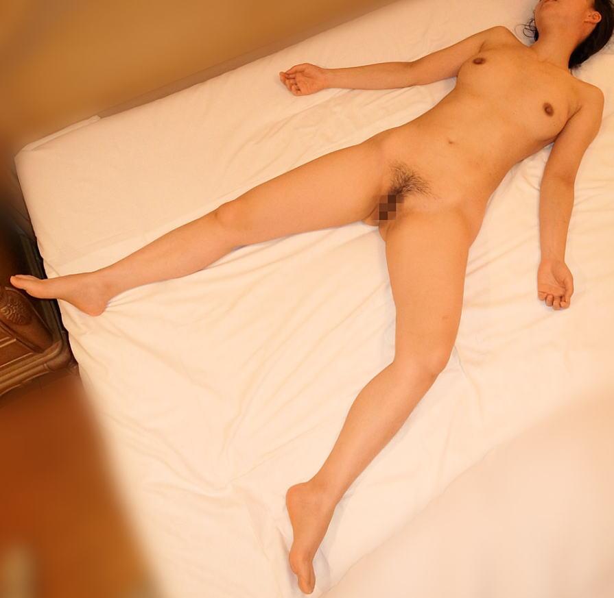 セックス 事後 ラブホ 爆睡 寝る エロ画像【1】