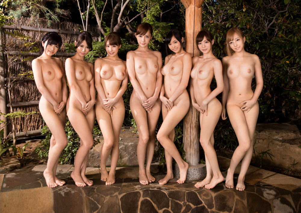 Glamorous softcore nude model
