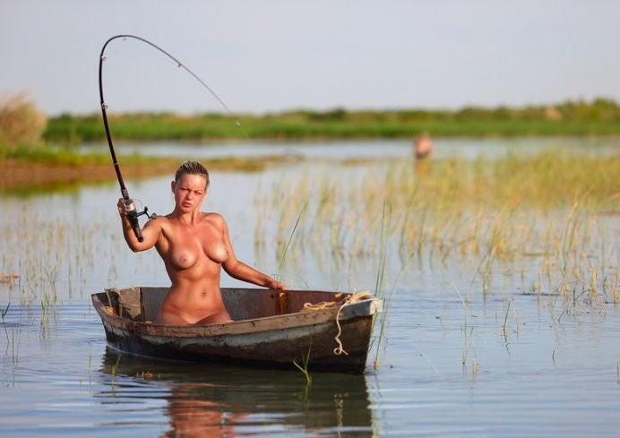 全裸 釣り ヌード フィッシング エロ画像