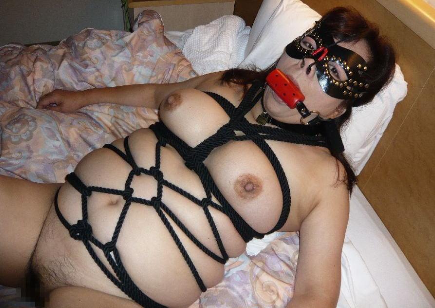 ボンレス おばさん 縛る 緊縛 熟女 エロ画像