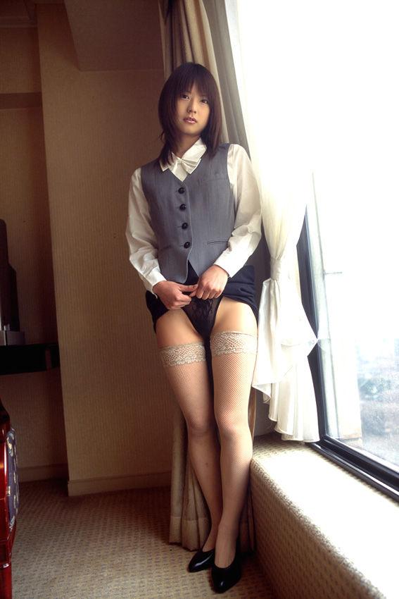 若い 可愛い 美人 OL エロ画像【26】