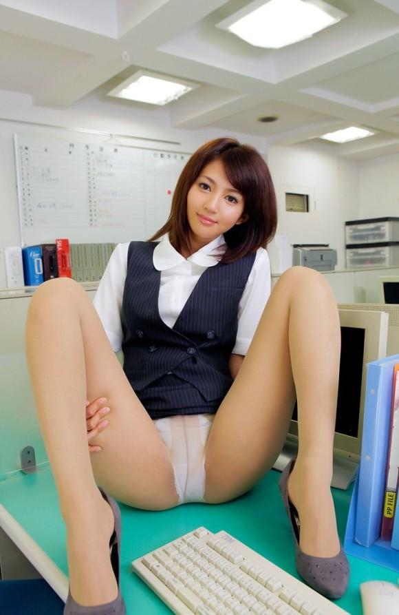 若い 可愛い 美人 OL エロ画像【28】