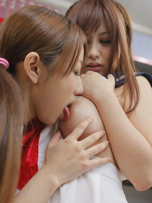 女同士 おっぱい マンコ 舐める レズ 前戯 エロ画像【20】