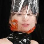 水責め拷問!窒息とシャワーぶっかけの海外SMエロ画像