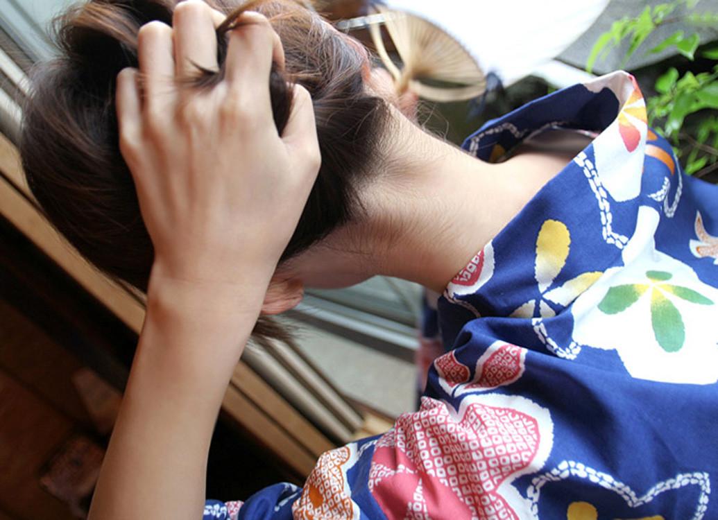 着物 浴衣 和服 うなじ 色っぽい 襟足 エロ画像【10】